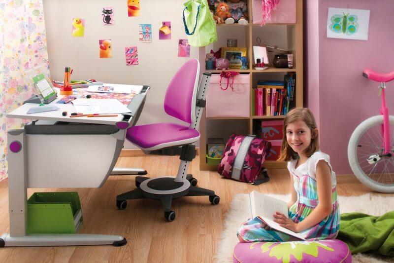 Детската стая със стол moll