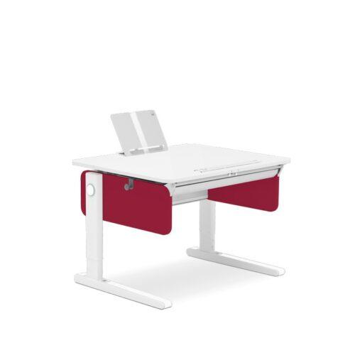 бюро за малка детска стая в червено