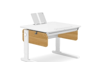 бюро от дърво