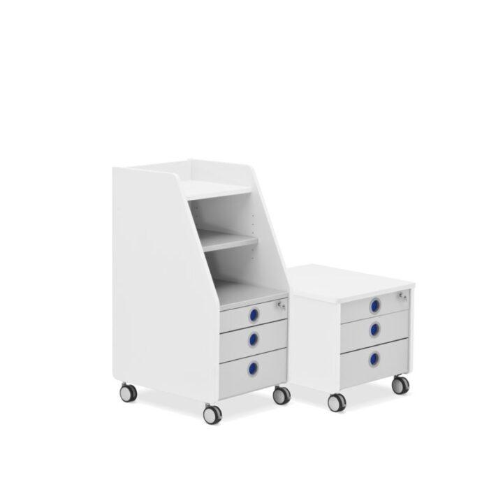 Контейнери за детска стая в бяло