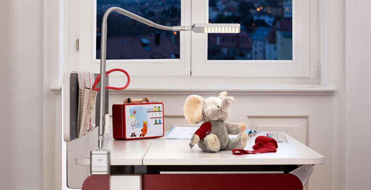 светлината в детската стая