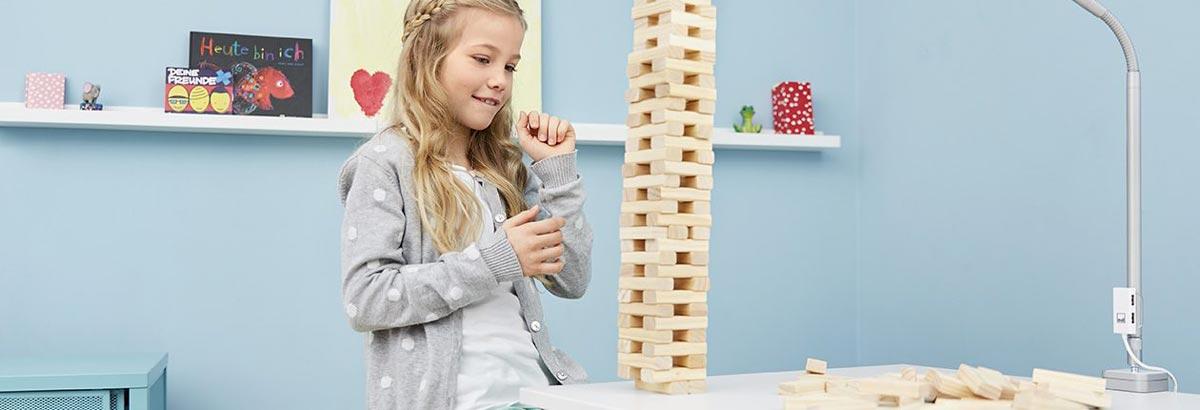 Кой е правилния размер за детско бюро?