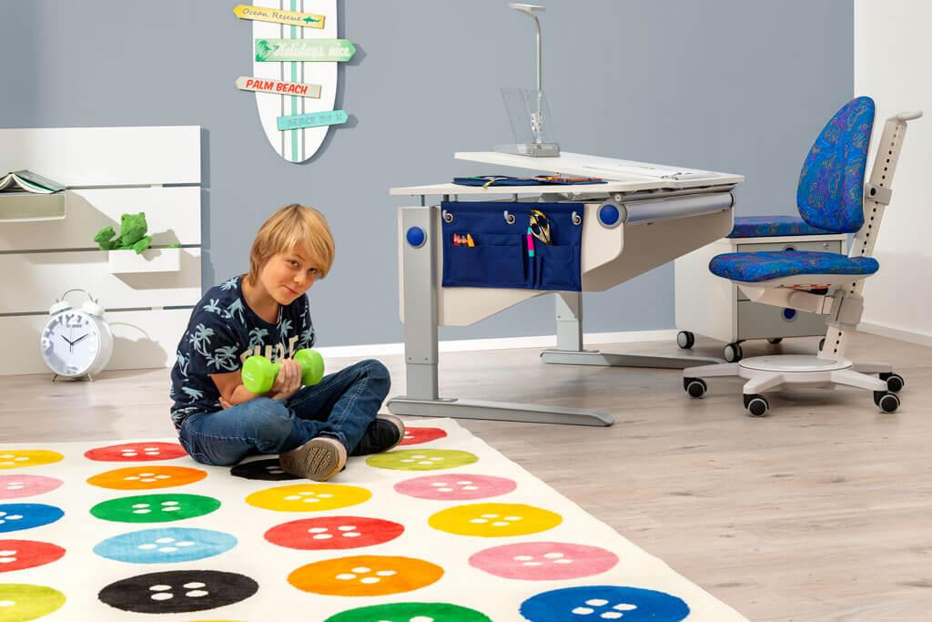 бюро за обзавеждане на детска стая