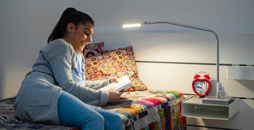 лампа за младежка стая